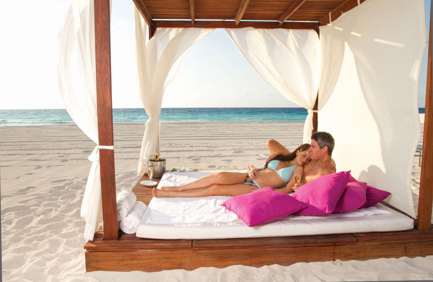 Best romantic resorts for couples for Best spa for couples