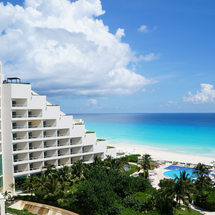 What it means to live aqua for How many rooms at live aqua cancun